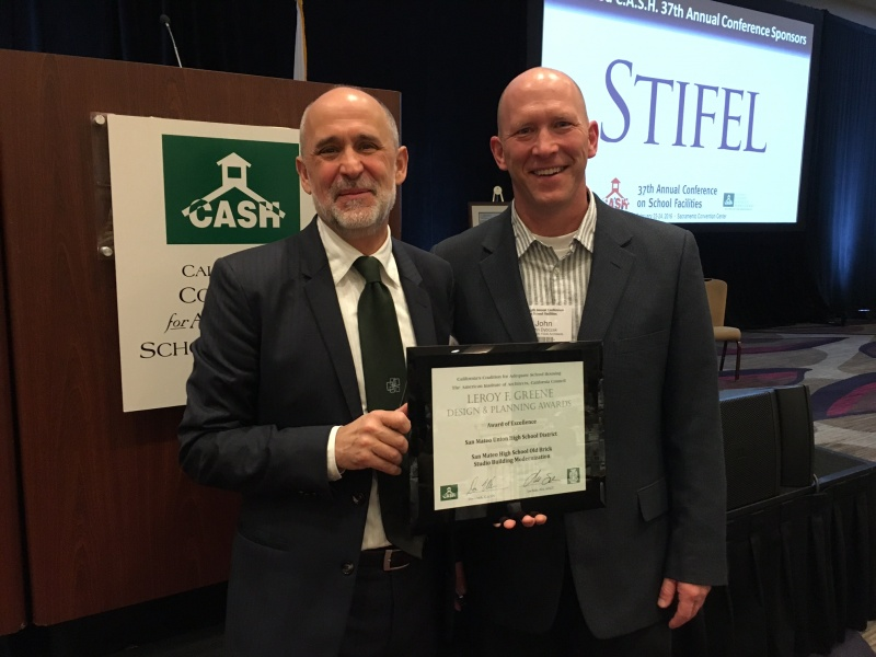 Mark Quattrocchi and John Dybczak accept Award of Excellence for SMUHSD